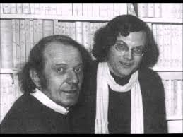 D & G: Delouse is on the left, demonstrating the 1970s French idea of a comb-over, Guattari, on the right, accessorises